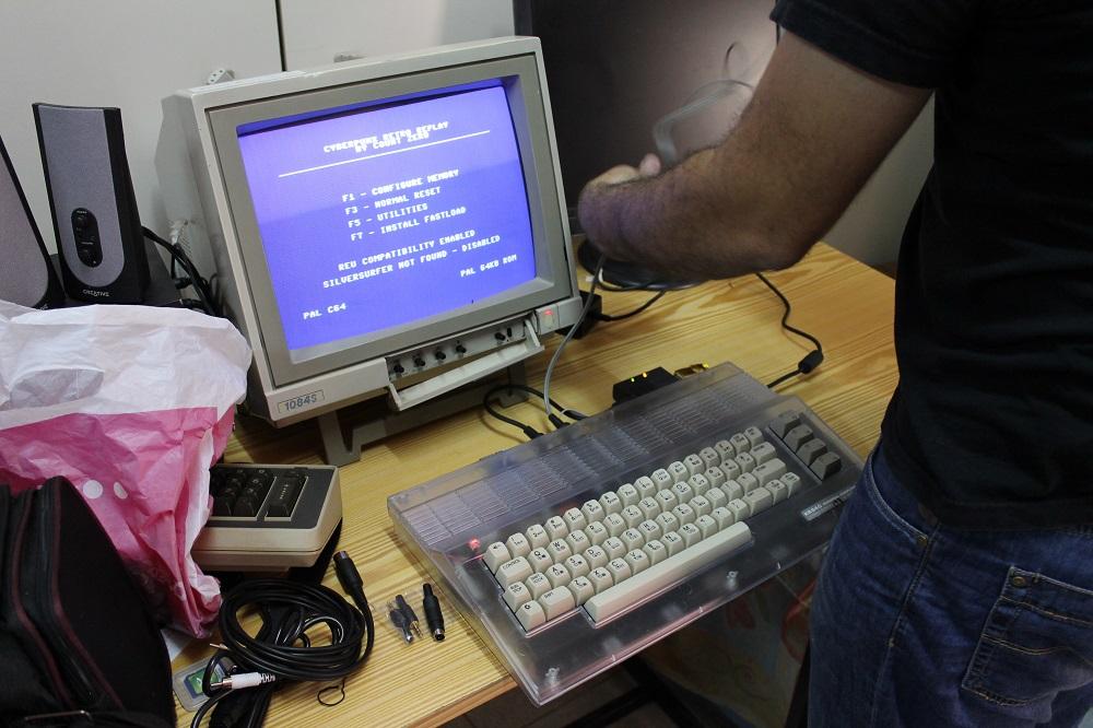 Commodore 64 restaurado y modernizado